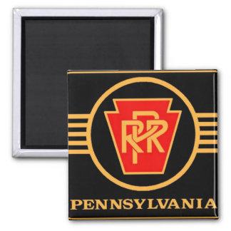 Logotipo, negro y oro del ferrocarril de imán cuadrado