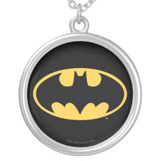 Logotipo oval del símbolo el   de Batman Colgante Redondo