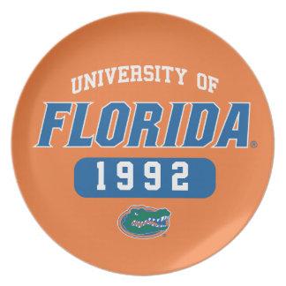 Logotipo retro del cocodrilo verde del uF Platos Para Fiestas