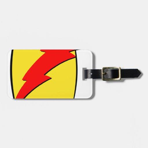 Logotipo retro del superhéroe de la mirada del ray etiqueta de equipaje