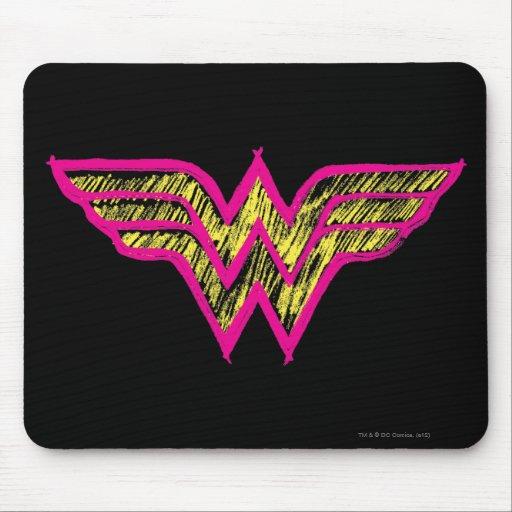 Logotipo rosado de la Mujer Maravilla y amarillo c Tapete De Ratones