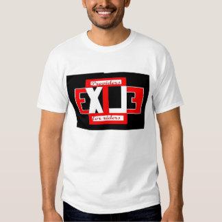 logotipo t de la ropa del exilio polera