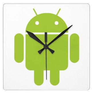 Logotipo verde androide del robot reloj cuadrado