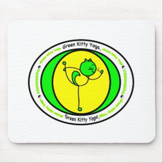 Logotipo verde de la yoga del gatito tapete de ratones