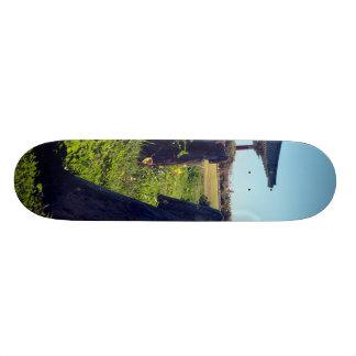 logs skate deck