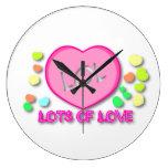 LOL Lots Of Love Clock