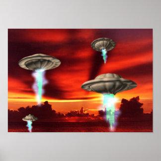 lona de levantamiento enmarcada del lustre del UFO Poster