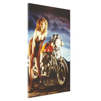 Lona del gigante del chica y de la motocicleta lienzo envuelto para galerias