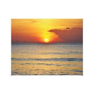 Lona envuelta salida del sol de la playa de lona estirada galerias
