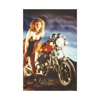 Lona modela del chica de la motocicleta lona envuelta para galerias