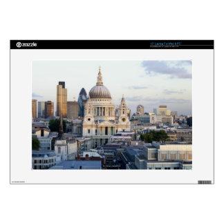 London 5 laptop decal