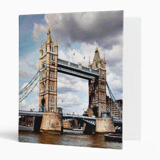 London Bridge 3 Ring Binder