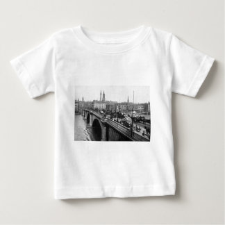 London Bridge and St Magnus the Martyr 1900s T-shirt