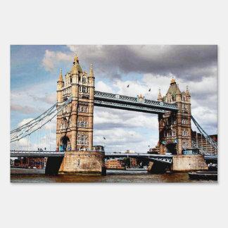 London Bridge Lawn Sign