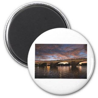 London Bridge Magnet