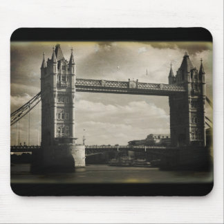London Bridge Mouse Pad