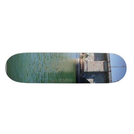 London Bridge Over Water Skate Deck