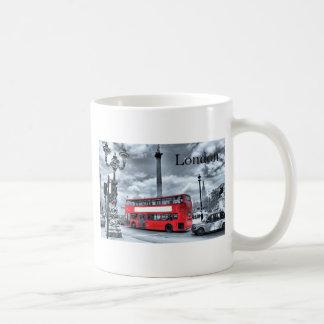 LONDON BUS in Black & White (St.K) Coffee Mug