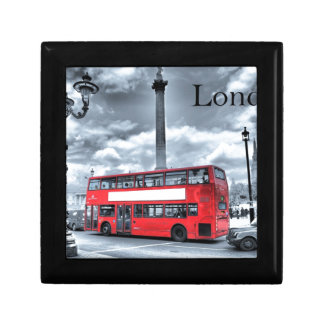 LONDON BUS in Black & White (St.K) Jewelry Box