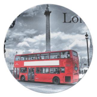 LONDON BUS in Black & White (St.K) Melamine Plate