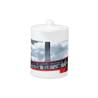 LONDON BUS in Black & White (St.K) Teapot
