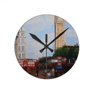 London Corner Round Clock