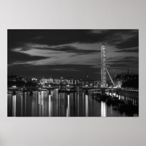 London eye at night posters