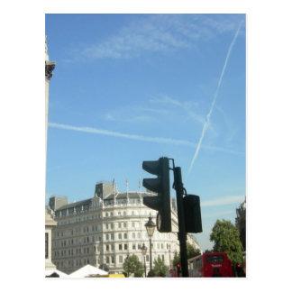 London-Nelson's column Postcard