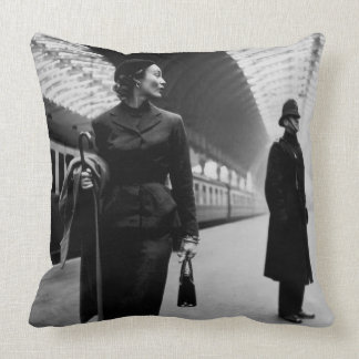 LONDON PADDINGTON STATION (1951 PHOTOGRAPH) Pillow