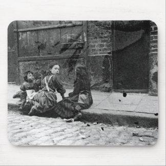 London Slums, Twine Court Mouse Pad