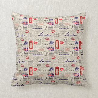 London Themed Seamless Pattern with Phone Booths Throw Pillow