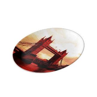 london tower bridge red porcelain plates