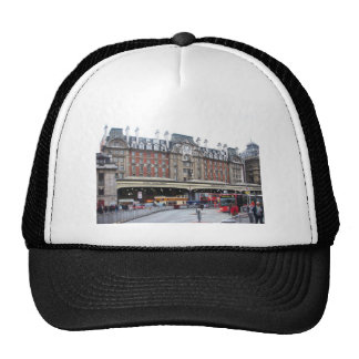 London--Victoria--[kan.k].JPG Trucker Hat