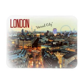 "Londres: ""Ciudad irreal""--Imán de T.S. Eliot Iman Rectangular"