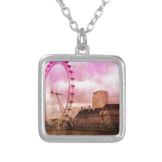 Londres, efecto rosado colgante cuadrado