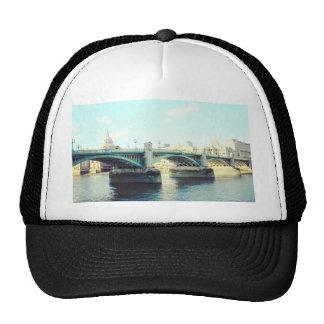 Londres en azul gorras