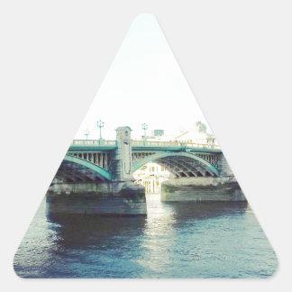 Londres en azul pegatina triangular
