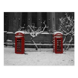 Londres Phoneboxes en la nieve Tarjetas Postales