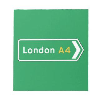 Londres, señal de tráfico BRITÁNICA Blocs De Notas