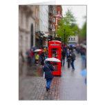Londres típico - no olvide la tarjeta del paraguas