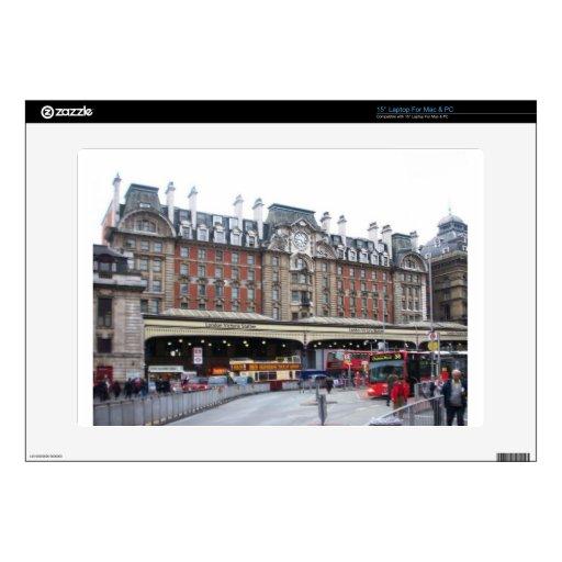 Londres--Victoria--[kan.k] .JPG Portátil 38,1cm Skin