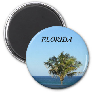 LONELY PALM TREE 2 INCH ROUND MAGNET