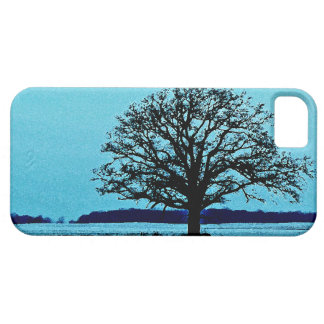 Lonely Tree in a Winter Landscape iPhone SE/5/5s Case