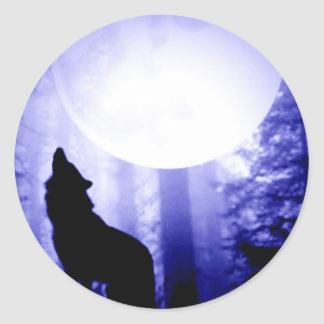 Lonely Wolf Howling at Moon Classic Round Sticker