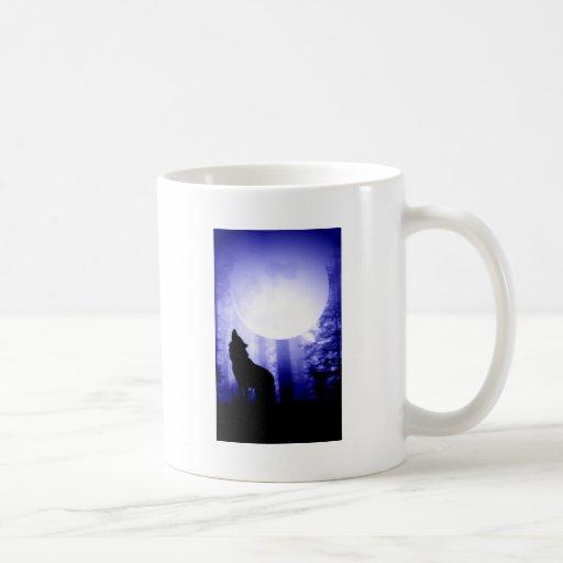 Lonely Wolf Howling at Moon Mug