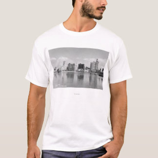 Long Beach, California City Skyline View T-Shirt