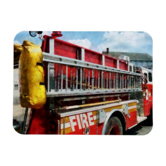 Long Ladder on Fire Truck Magnet