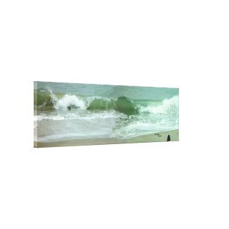 Long ocean wave Gloss Stretched Canvas Print