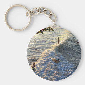 Longboard surfing scenic tropical beach wave basic round button keychain