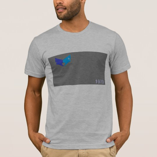 look different be free T-Shirt